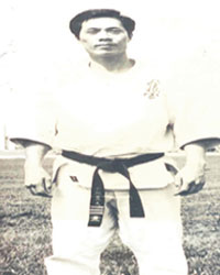 Shihan Mayuki Mizukoshi  (Kyokushin Brasil / Japão)